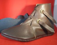 14th C Mens Two Buckle Ankle Boots