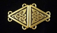 Celtic Triangular Cloak Clasp Small Antiqued